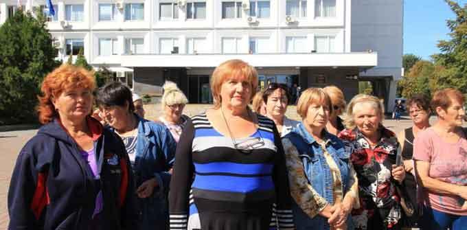 Працівники колишньої СУБ «Митниця» вимагають виплати зарплати (відео)