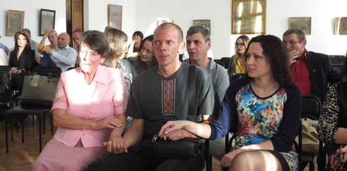 У Черкасах відбувся благодійний аукціон на підтримку хворого бійця (відео)