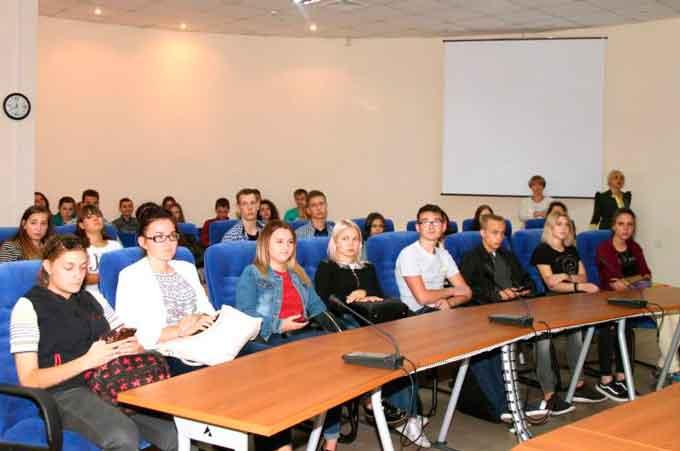 Студентам Східноєвропейського університету представили програми стажування в Німеччині
