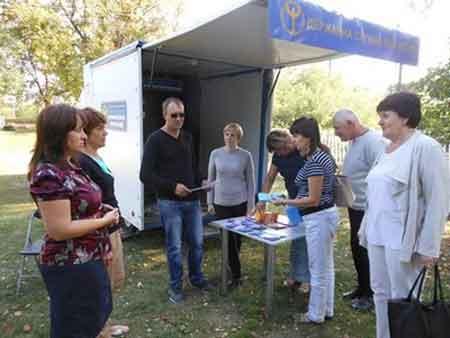 З жителями села Межиріч Канівського району проведено роз'яснювальну роботу з питань праці