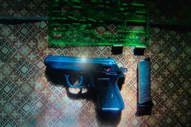 Жашківські поліцейські виявили пістолет у місцевої жительки (фото)