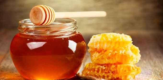 «Медовий заробіток»: скільки насправді коштує мед, який пропонують черкащанам