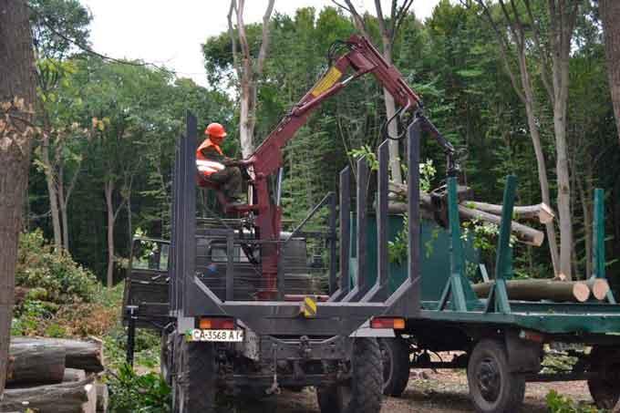 Лисянські лісівники оновлюють спецтехніку