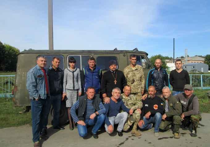 З Христинівщини відправили черговий автомобіль в зону АТО
