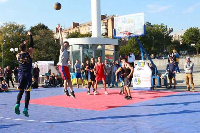 Уманчани здобули перемоги у всеукраїнському спортивно – розважальному фестивалі «Сила нації - 2017»