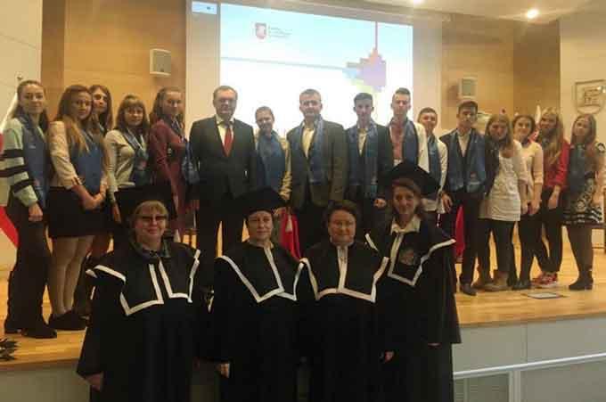 Студенти ЧНУ розпочали семестрове навчання в польській Академії