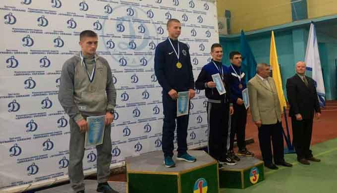 Одну срібну та три бронзові медалі здобули спортсмени ЧІПБ на Чемпіонаті ФСТ «Динамо» з боротьби самбо
