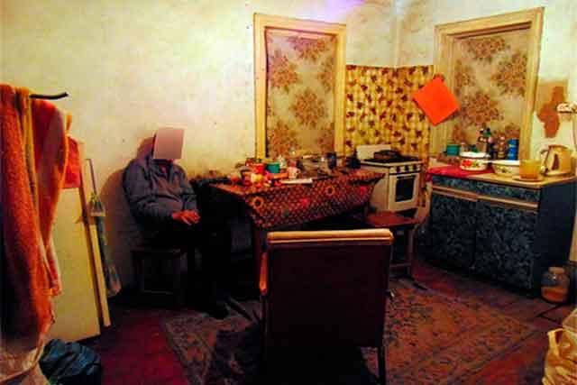 На Черкащині поліцейські затримали зловмисника, який підрізав односельця (фото)