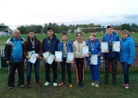 Ватутінські легкоатлети в Городищі здобули 10 призових місць