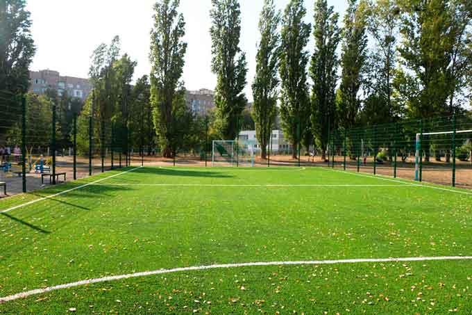 Ще в 13 школах Черкас облаштують оновлені спортивні майданчики