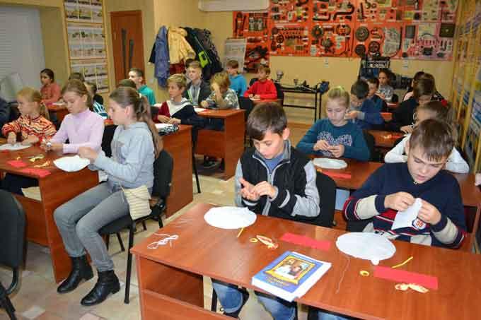 У дитячій недільній школі м. Черкаси відбулося творче заняття (фото)