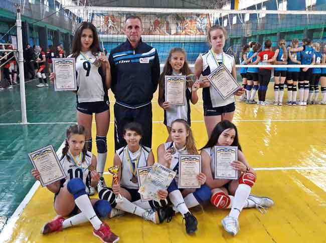 Волейболістки з Канева привезли «бронзу» з Відкритого кубку міста Ніжин