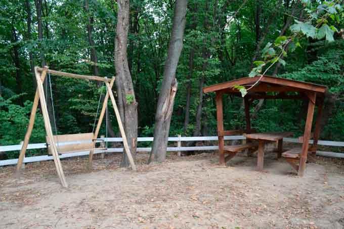 Лисянські лісівники облаштували нові рекреаційні пункти
