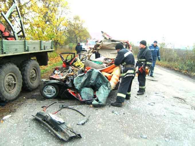 У Жашківському районі під час ДТП загинули дві особи (відео)