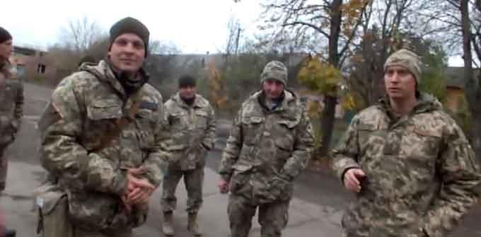 У Черкасах військові намагалися затримати журналістів знімальної групи місцевого телеканалу (відео)