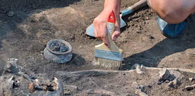 Будівельники знайшли артефакти в середмісті Черкас (відео)