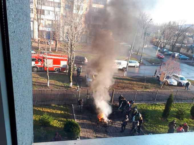 Інформація щодо подій в Придніпровському районному суді м. Черкаси 08.12.2017 року (фото)