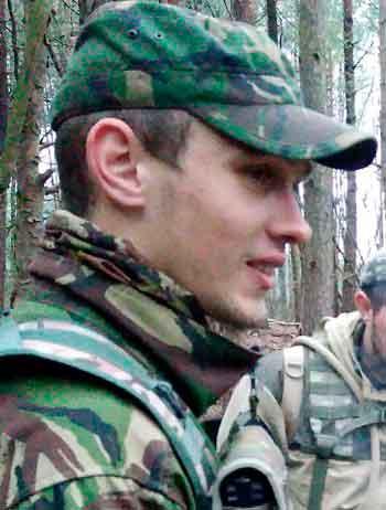 Зі студентів – у розвідники: черкаський ветеран розповів про «осад» від АТО та відсутність «мирних» пільг