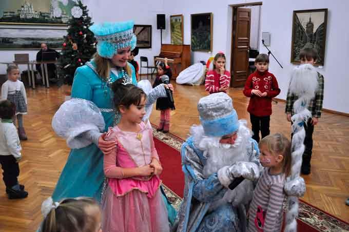 У Черкаському художньому музеї відбулося мистецьке свято «Різдвяна Зірка» (фото)