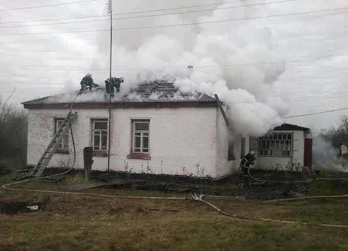 У Городищенському районі під час пожежі трагічно загинула господарка (фото)