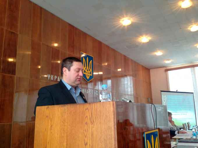 Депутати Драбівської райради вимагають звільнити керівників обласного та районного управлінь Держгеокадастру