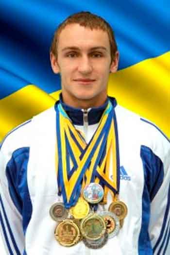 Студент УДПУ встановив рекорд України з гирьового спорту
