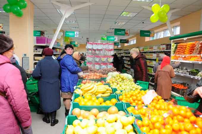Територія беззаконня: майже в усіх супермаркетах Черкащини нехтують правами покупців