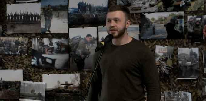 """Голова """"Нацкорпусу"""" Черкас звинуватив Петра Порошенка у затягуванні війни"""