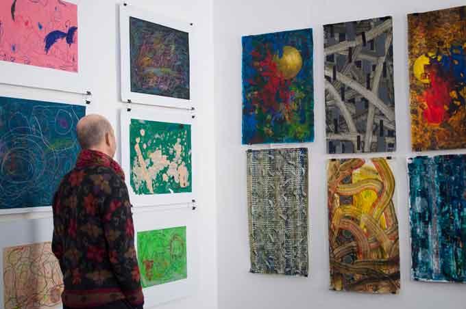 Виставка-дослідження «Щось цікаве…» відкрилася у Черкасах (фото)