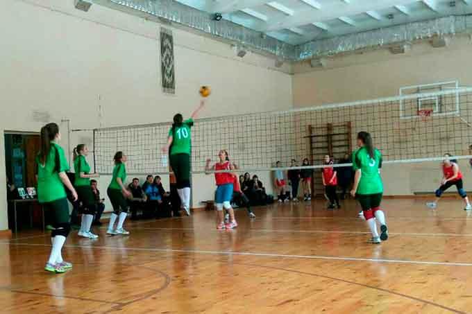 Жіноча збірна команда ЧlПБ з волейболу виборола перше місце Універсіади області серед ВНЗ