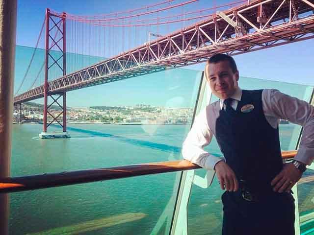 Робота мрії: черкащанин об'їздив десятки країн і став рятівником на судні майбутнього