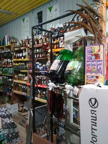 У Черкасах вилучено 150 літрів алкогольного фальсифікату