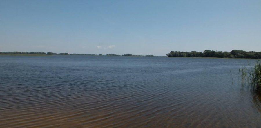Частина Дніпровського узбережжя між Черкасами та селом Свидівок - місце, де будують власні маєтки депутати та еліта черкаського бізнесу