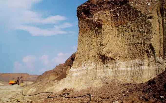 «Дашуківські бентоніти» знищують, щоб замінити їх «Черкаськими мінералами»