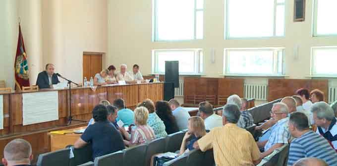 У Смілі відбулася безпрецедентна сесія міської ради (відео)
