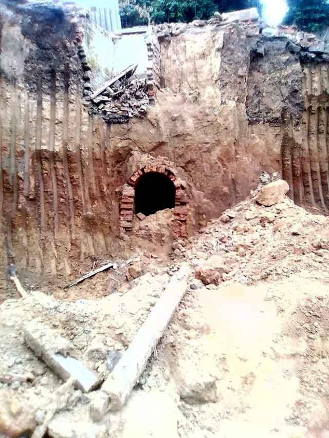 Куди ведуть катакомби: в Умані відкрився черговий підземний хід