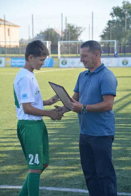 У Білозір'ї вихованців ФК «Зміна» нагородили за третє місце чемпіонату Києва