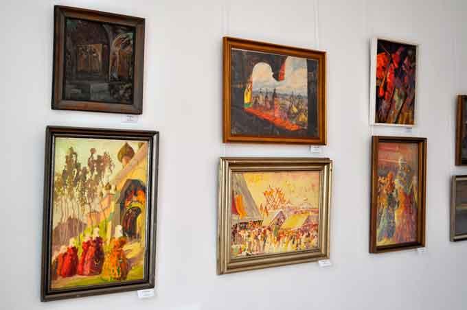 виставка «Магія фарб» Георгія Косміаді