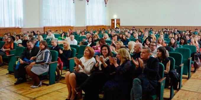 У Черкасах відбувся випуск психологів, які навчалися за рахунок ваучерів