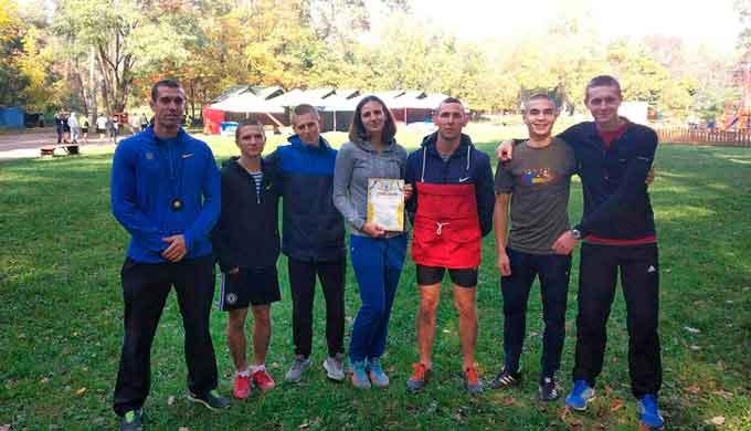 Команда ЧІПБ з легкоатлетичного кросу виборола перше місце на обласних змаганнях