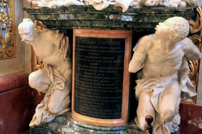 «Однією з загадок, яка пов'язує Мальтійський орден і Україну, є скульптурний надгробок Великого Магістра Ніколаса Котонера, який помер у 1680 році. Його можна побачити в Соборі Святого Іоанна на Мальті. Бюст Великого магістра підтримують дві фігури: африканець і запорізький козак»
