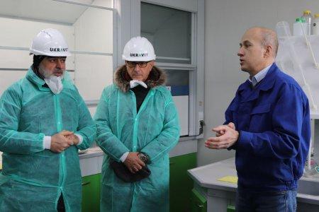 Провідні алжирські дистриб'ютори продукції для сільгоспвиробників зацікавилися добривами та засобами захисту рослин черкаського  виробництва