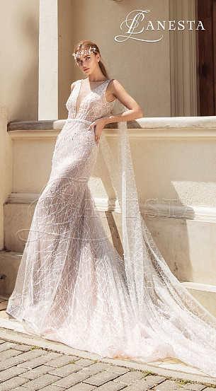 Сдержанные, элегантные леди не устоят перед платьями А-силуета с закрытым верхом, корсетом или с опущенными плечами