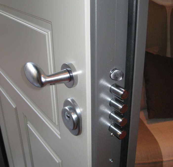 Выбор бронированной двери – важная мера безопасности