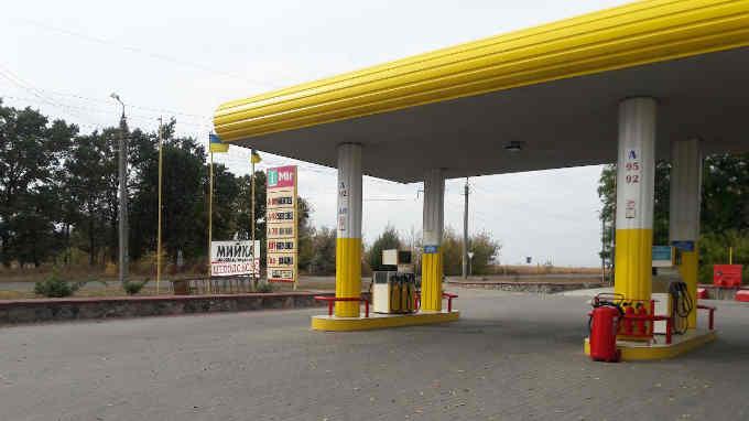На Черкащині припинена діяльність 2 нелегальних АЗС, вилучено пального на 2,3 млн грн (фото)