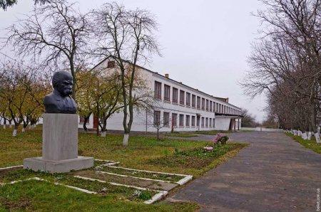 Депутати Жашківської районної ради налаштовують жителів саботувати адмінреформу