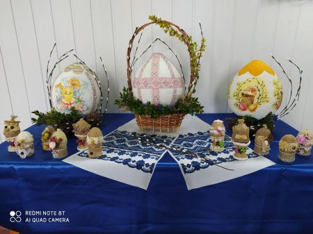 У Лип'янській ОТГ відкрили культурно-мистецький центр та організували онлайн-виставку до Великодня
