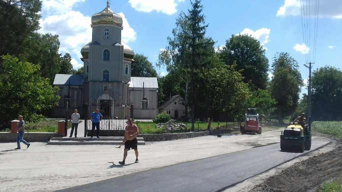 У селі Велика Севастянівка проведено ремонт Хресто-Воздвиженського храму