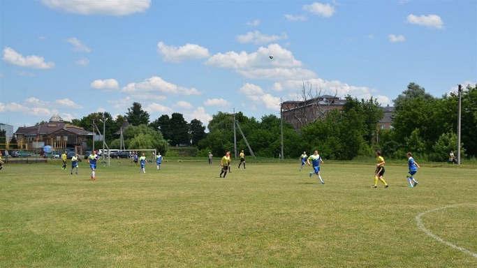 У Золотоноші на міському стадіоні планують облаштувати футбольне поле зі штучним покриттям