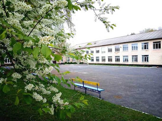 До школи у Лисянському районі будуть їздити школярі з Жашківського району